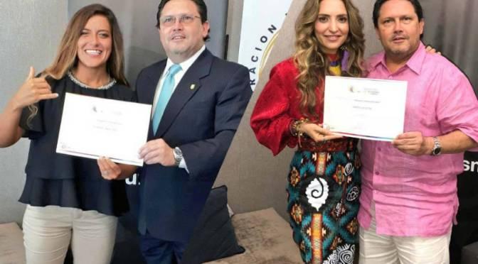 La cantante Mirella Cesa y la surfista Dominic Barona designadas embajadoras turísticas