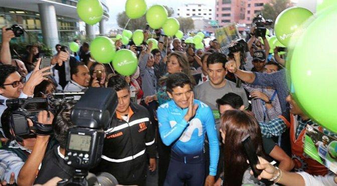 Richard Carapaz llegó a Ecuador luego del éxito en el Giro de Italia