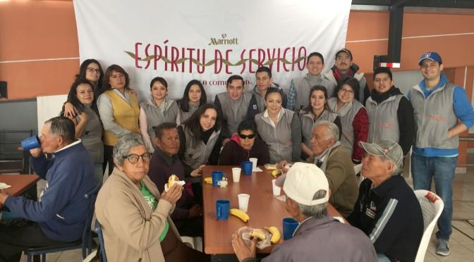 JW Marriott Quito compartió un desayuno con adultos mayores