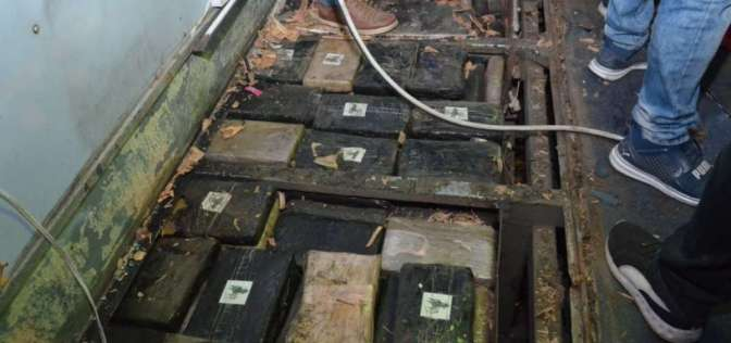 Encuentran 637 kilos de marihuana en el bus accidentado en Pifo