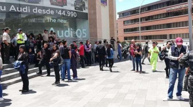 La policía descartó alerta de bomba en centro comercial de Cumbayá