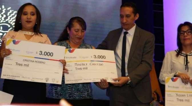 Banecuador entrega créditos a mujeres víctimas de violencia