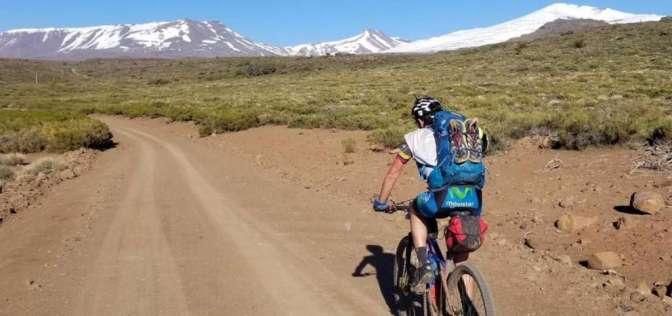 Ecuatoriano gana carrera de aventura en Argentina