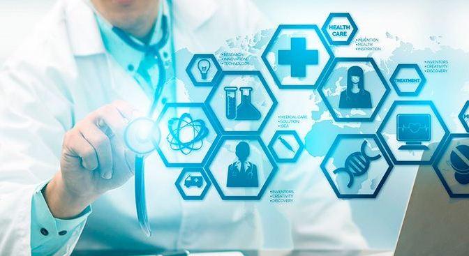 El IESS financiará 300 postgrados en salud