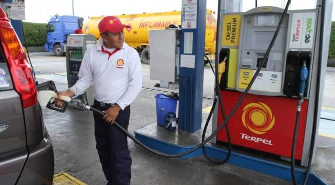 Consumo de gasolina sube un 20 %, tras anuncio de incremento