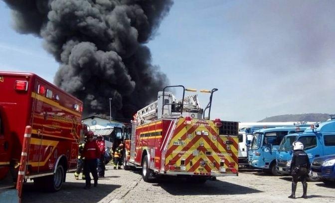 Incendio en bodegas de la Empresa Eléctrica de Itchimbía no deja víctimas