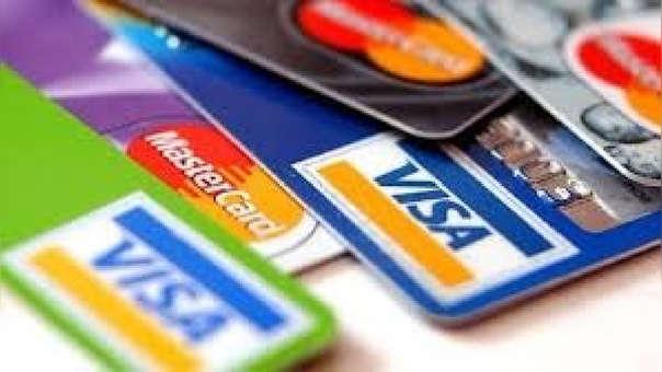Gobierno revisará resolución sobre interés en las tarjetas de crédito