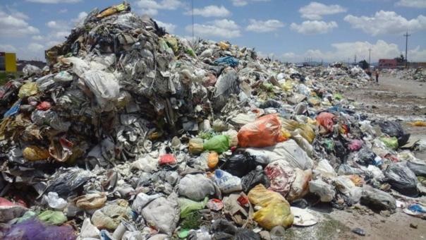 Ecuador importa basura de Estados Unidos, según The Guardian