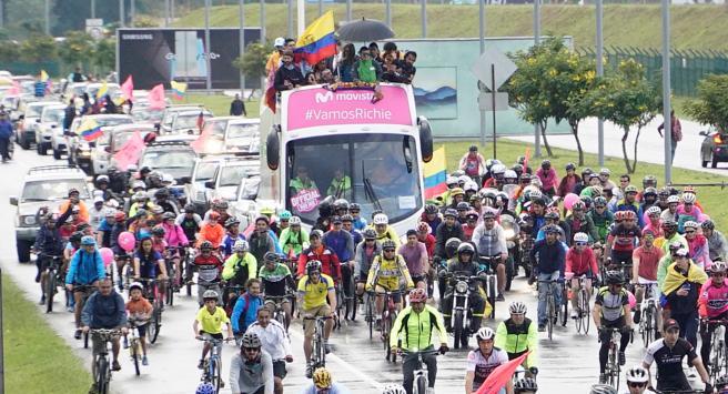 """Carapaz: """"El regalo que me puede hacer Ecuador es que respeten al ciclista"""""""