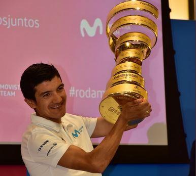 Richard Carapaz competirá en la Vuelta de España